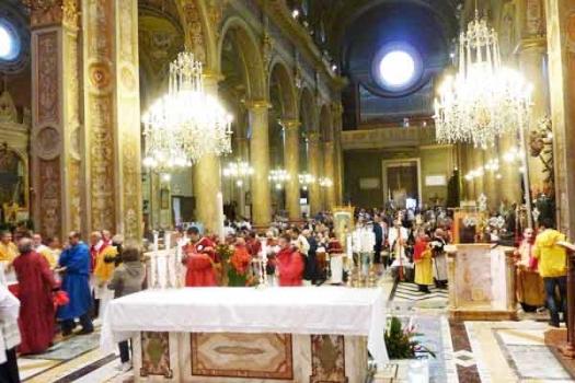 interno_parrocchia.jpg